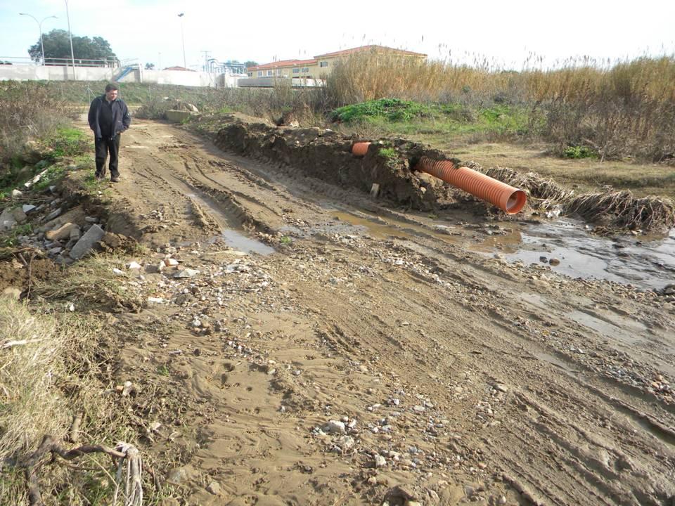 La crecida del arroyo Cagancha destroza dos puentes