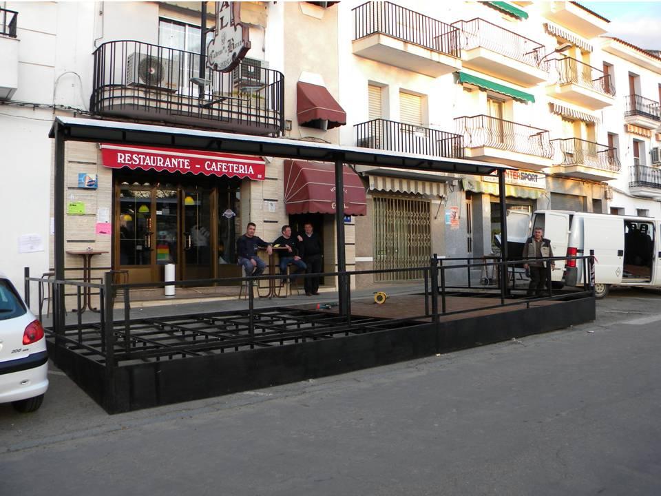 Los bares y restaurantes se preparan para la semana santa - Toldos terrazas bares ...