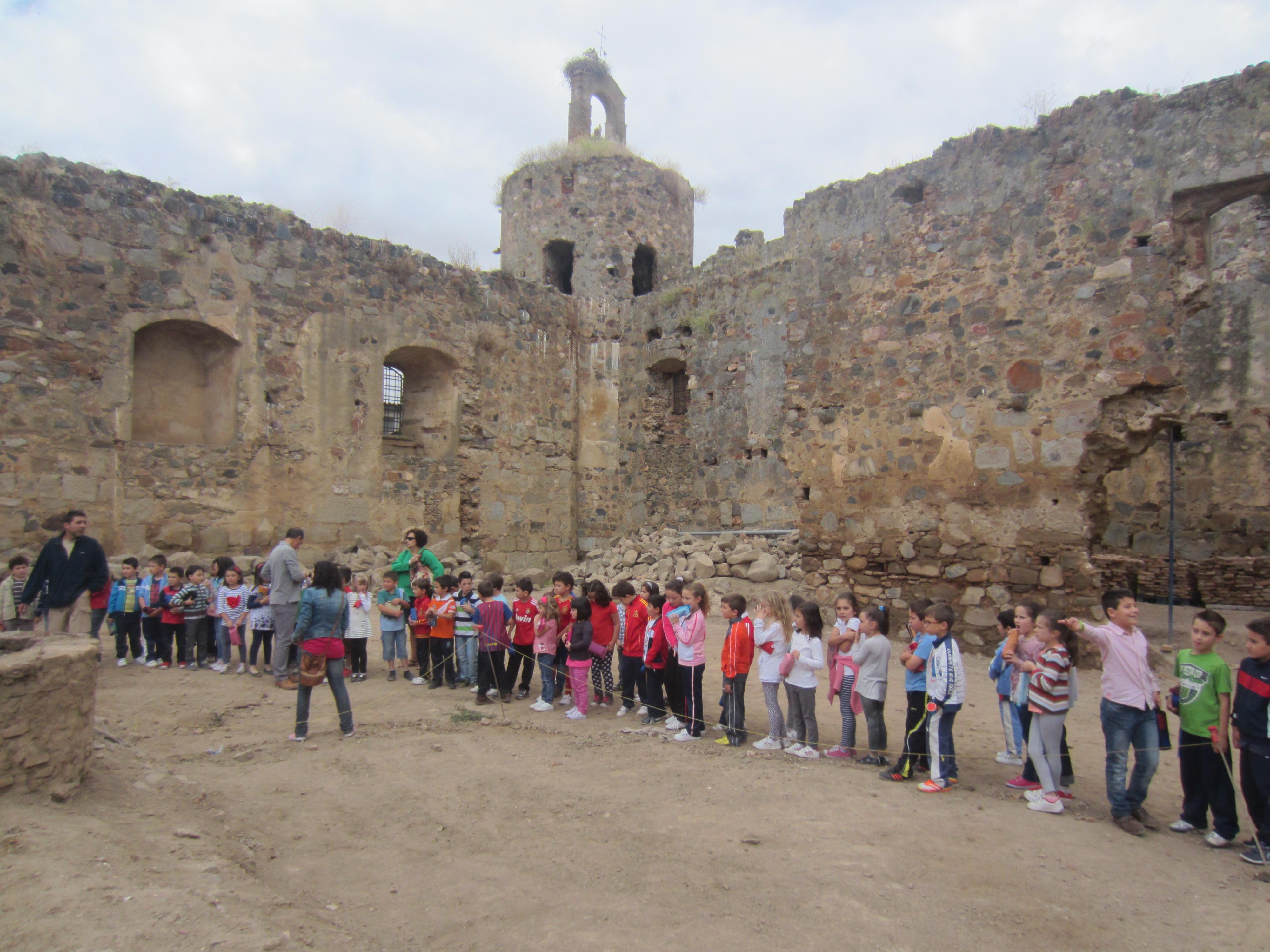 Los alumnos del calderón visitan el castillo